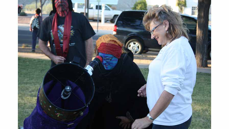 Halloween Outreach: Trick or Treat Sidewalk Astronomy